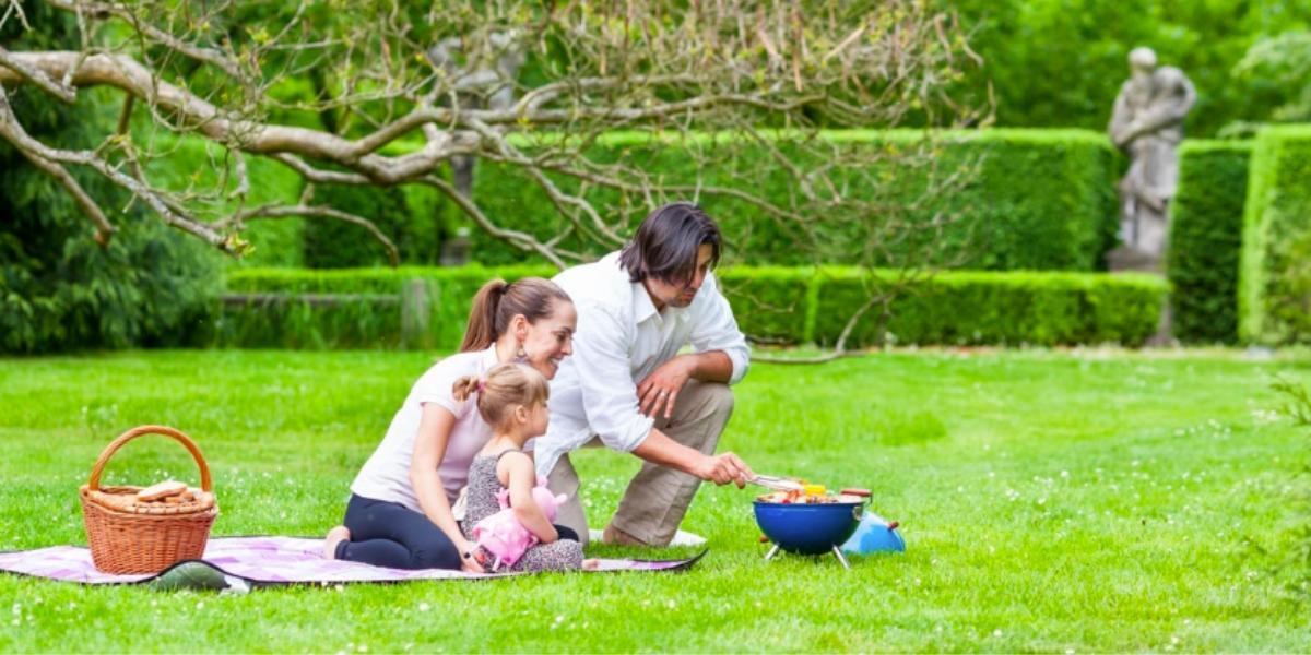 Piknik na zámku Loučeň